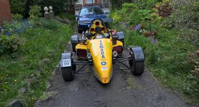 ROAD RUNNER RACING SR1 SINGLE SEATER CAR