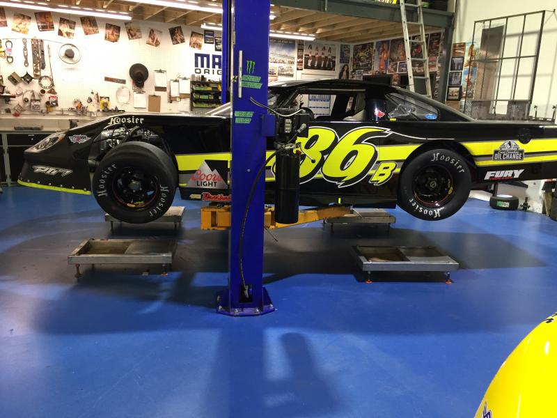 2017 fury chassis super late model main photo
