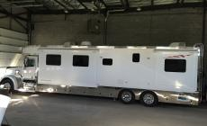 Motor home et trailer 2006 main photo