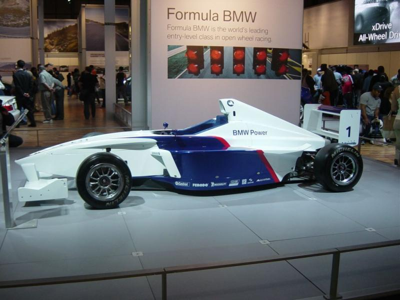 formula bmw immaculate like new with paddle shift for sale in halifax 1. Black Bedroom Furniture Sets. Home Design Ideas