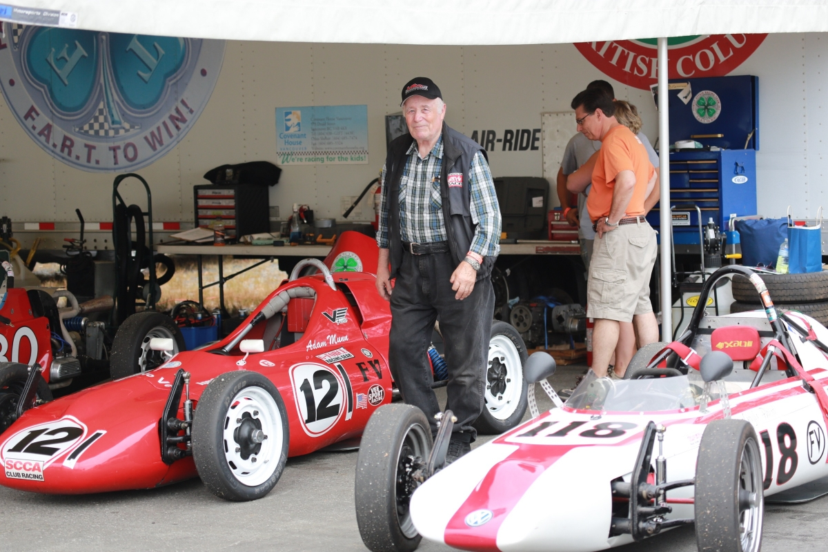 Summer Sizzler [with Formula Vee Invitational]. CACC weekend #4 main photo